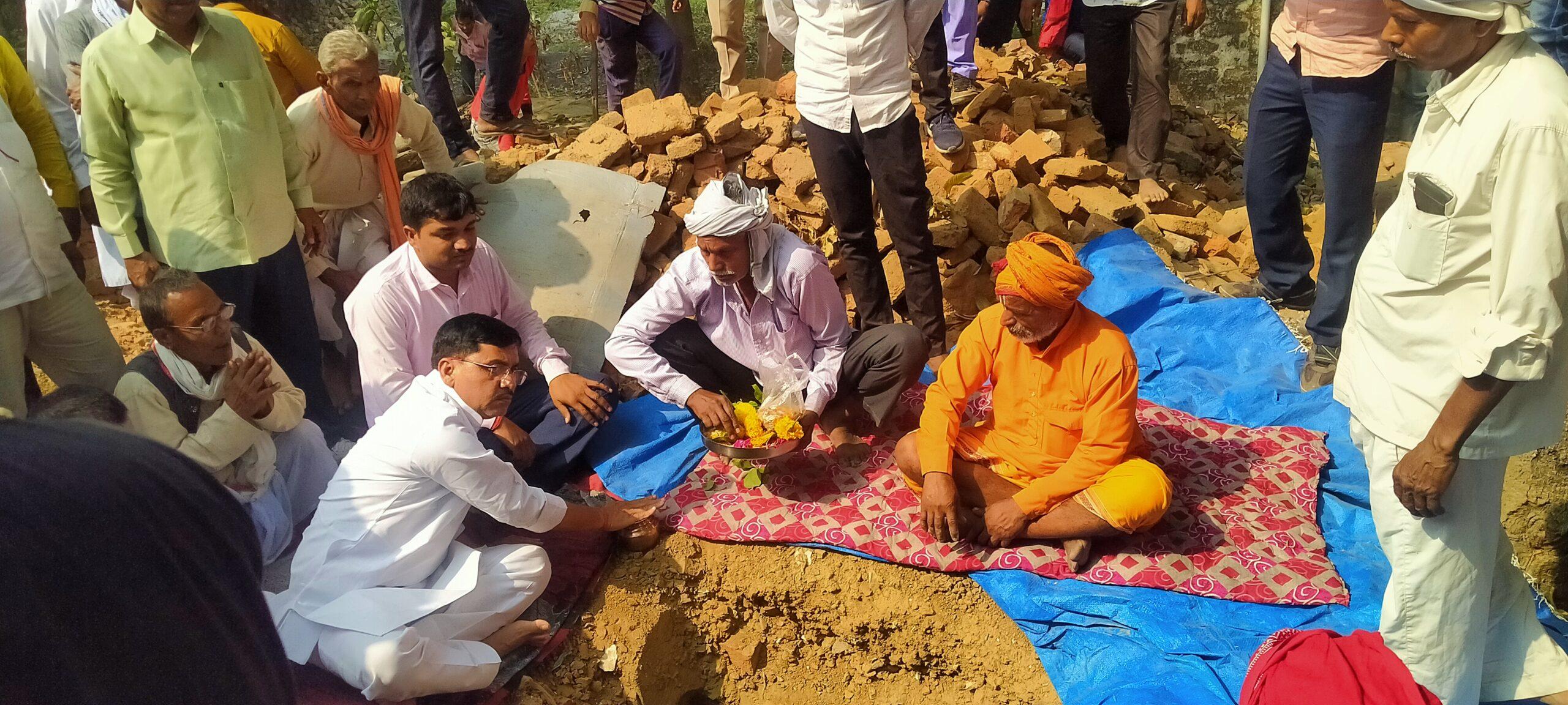 विधायक ने ब्रह्मपुर कुटी रामजानकी मंदिर का किये शिलान्यास