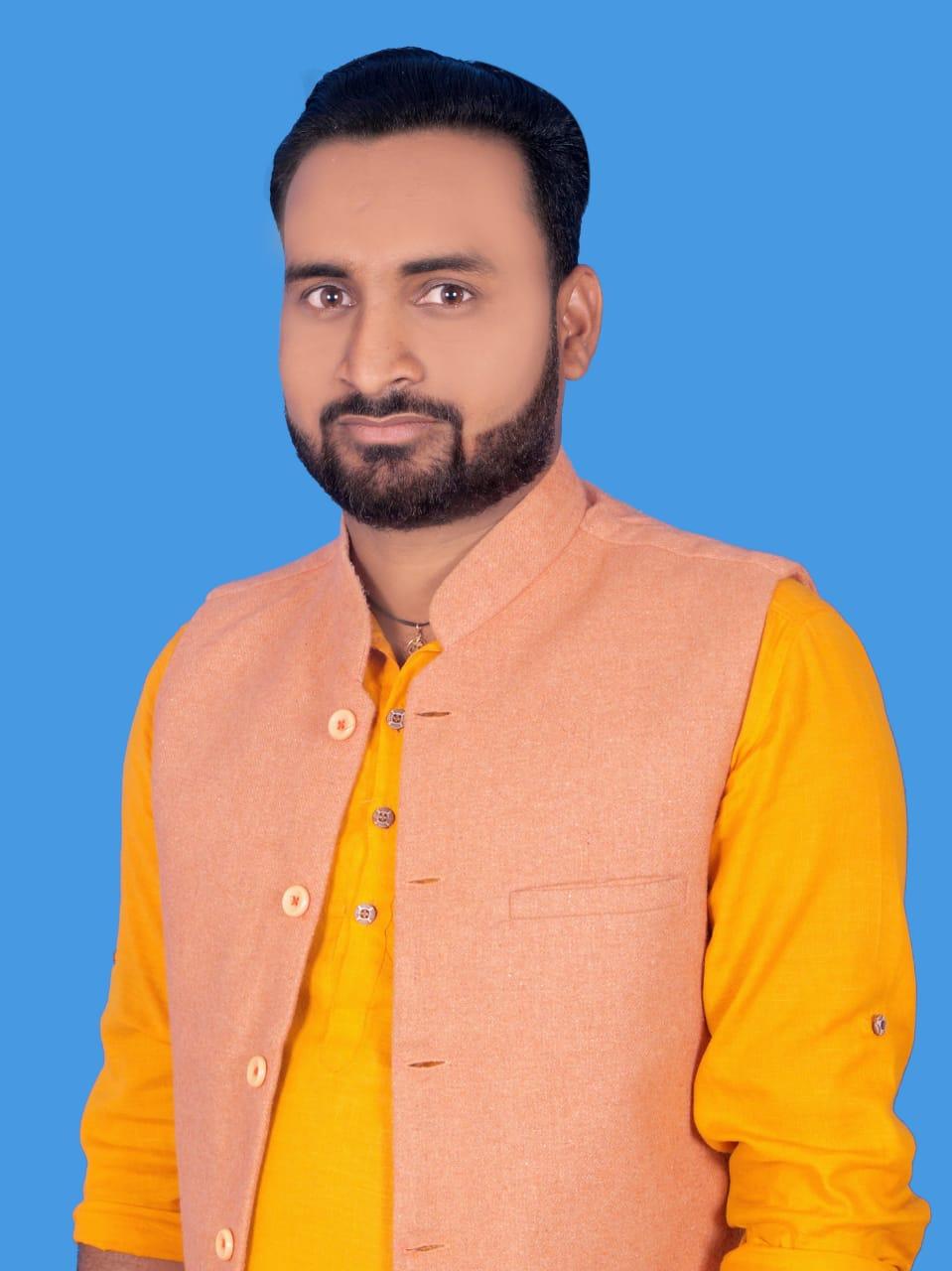 जिला अध्यक्ष नाथू सिंह पटेल महाराजगंज के द्वारा  शैलेंद्र गुप्ता को जिला सचिव युवा मंच नियुक्त किया गया